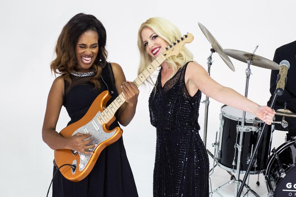 Gold-Coast-Orchestra-Vanessa-Guitar